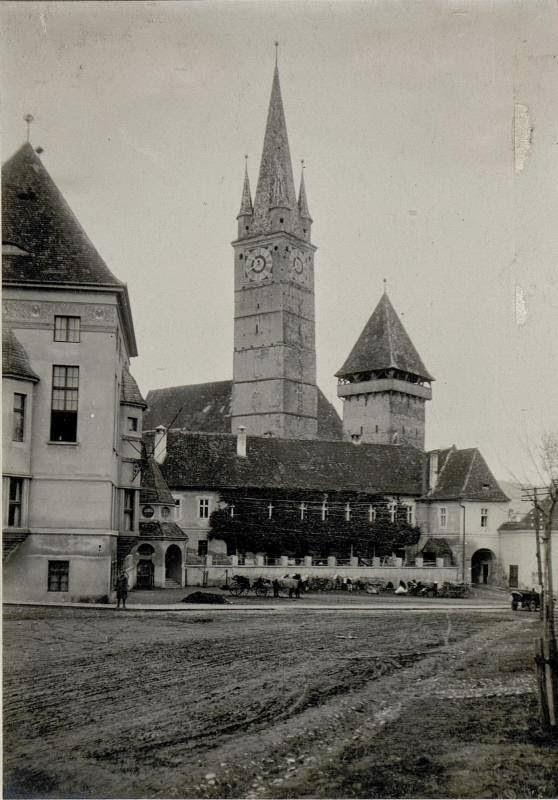 Medias 1916